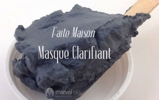 masque d'argile avec du charbon
