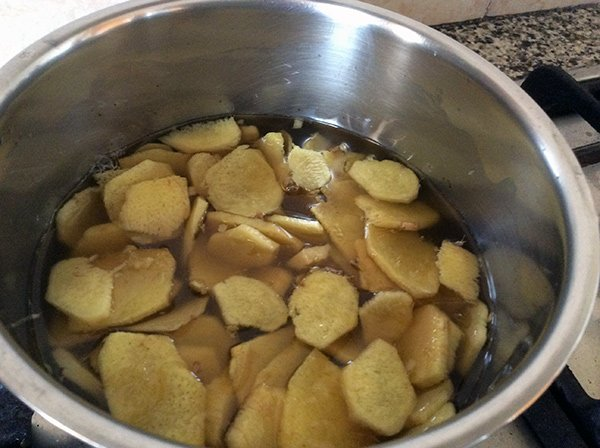 ginger and honey starting to boil